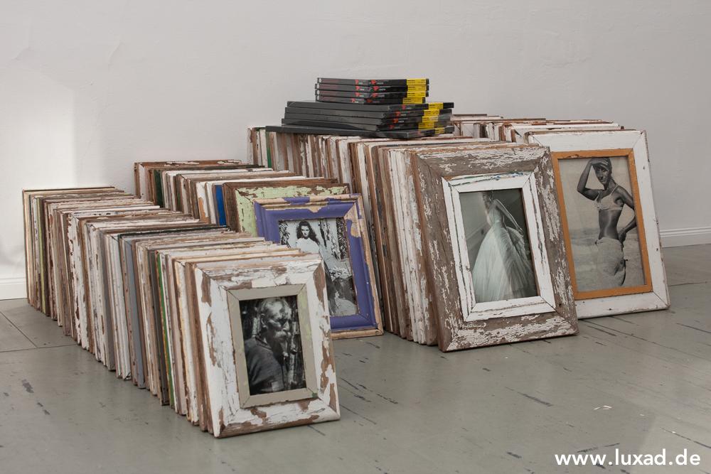 167 Bilderrahmen aus recyceltem Holz